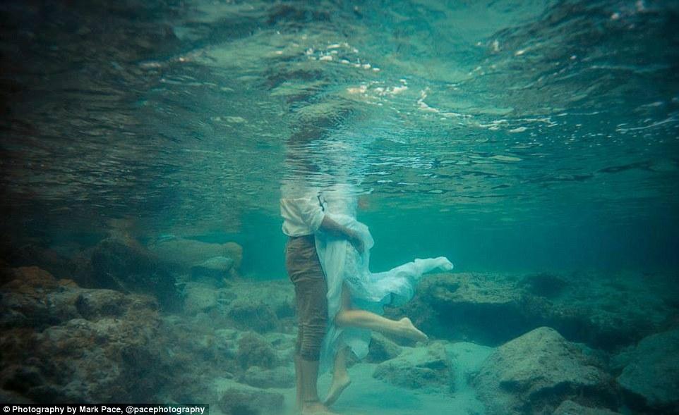 Blue sea lovers 2.jpg